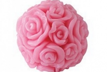 Some rose soaps hand made with intensive rose scent